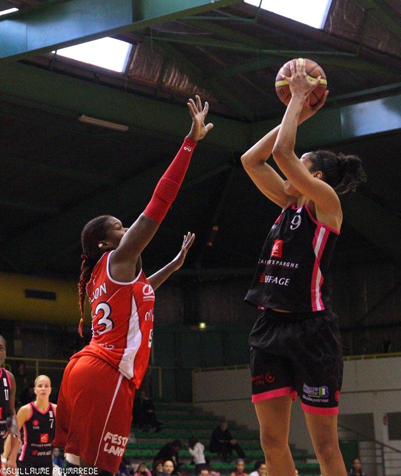 Miranda Ayim et le TMB ont décroché un précieux succès face au NRB (photo : Guillaume Poumarede)