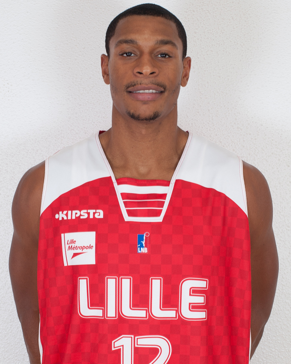 Alors qu'il avait débuté la saison à Lille, Jonathan Kalé rebondit à Tarbes-Lourdes (photo : LMBC)