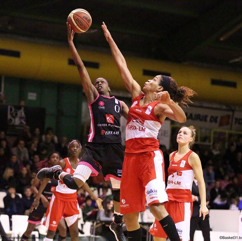 Olivia Epoupa et les Toulousaines n'ont pas su s'inspirer de leur victoire de mercredi face à l'ESBVA-LM (photo : Guillaume Poumarede)
