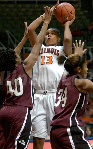 Jenna Smith sera le fer de lance de la raquette tarbaise aux côtés d'Elodie Bertal (photo : Illinoisloyalty.com)