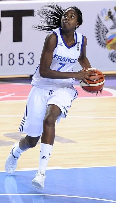Marie-Michelle Milapie a fourni un grand match face à la Grèce (photo : FIBA)